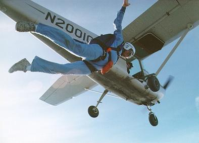 My 16th skydive - 1995